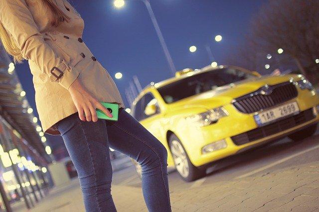 מונית גדולה ברמת השרון